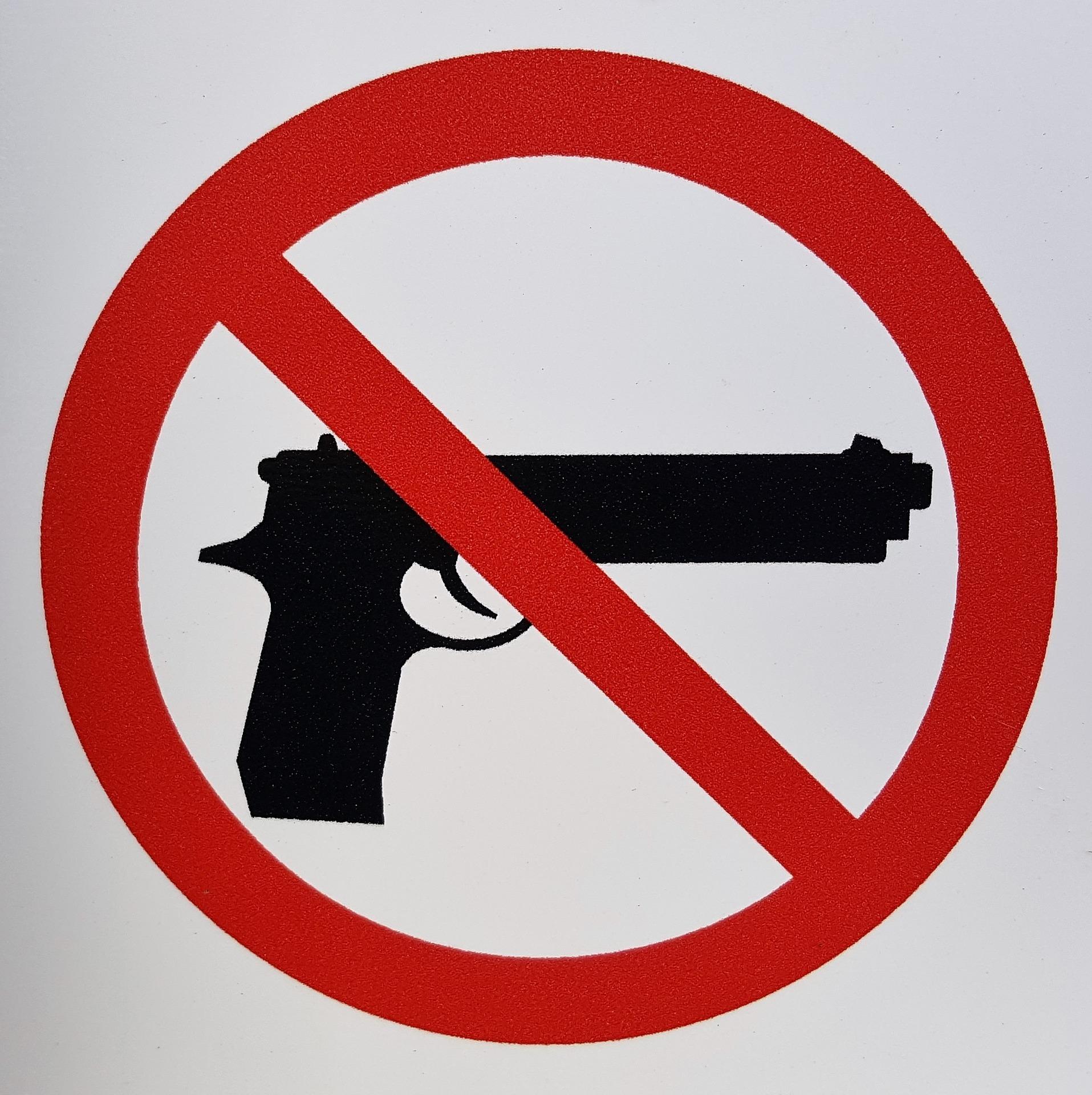 Gun control 1422577 1920