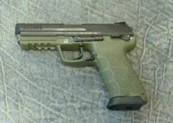 Heckler & Koch HK45 NATO-grün