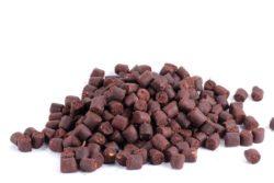Atzi Bait Feeder Pellets, 12mm, Red Halibut / Blut, 1kg